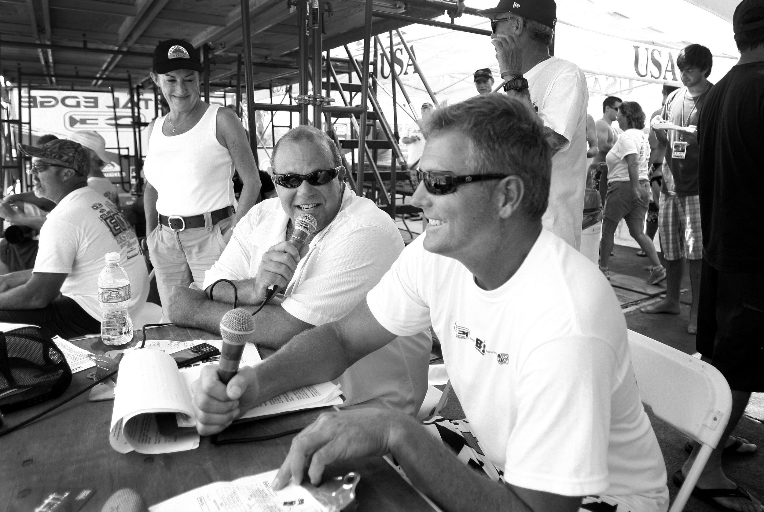 2009, Paul West and Wes Laine working the crowd during the ECSC.
