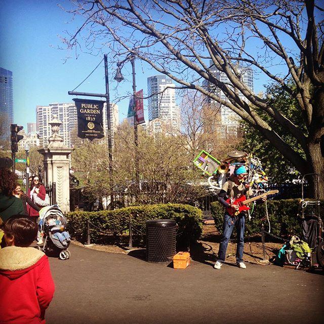 😎 #streetmusic #bostoncommon