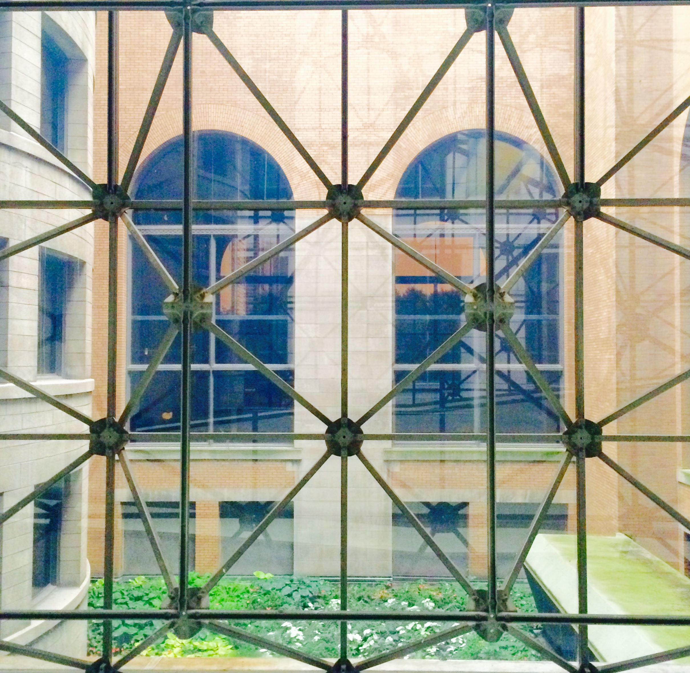 :: view into inner courtyard, Chicago Cultural Center ::