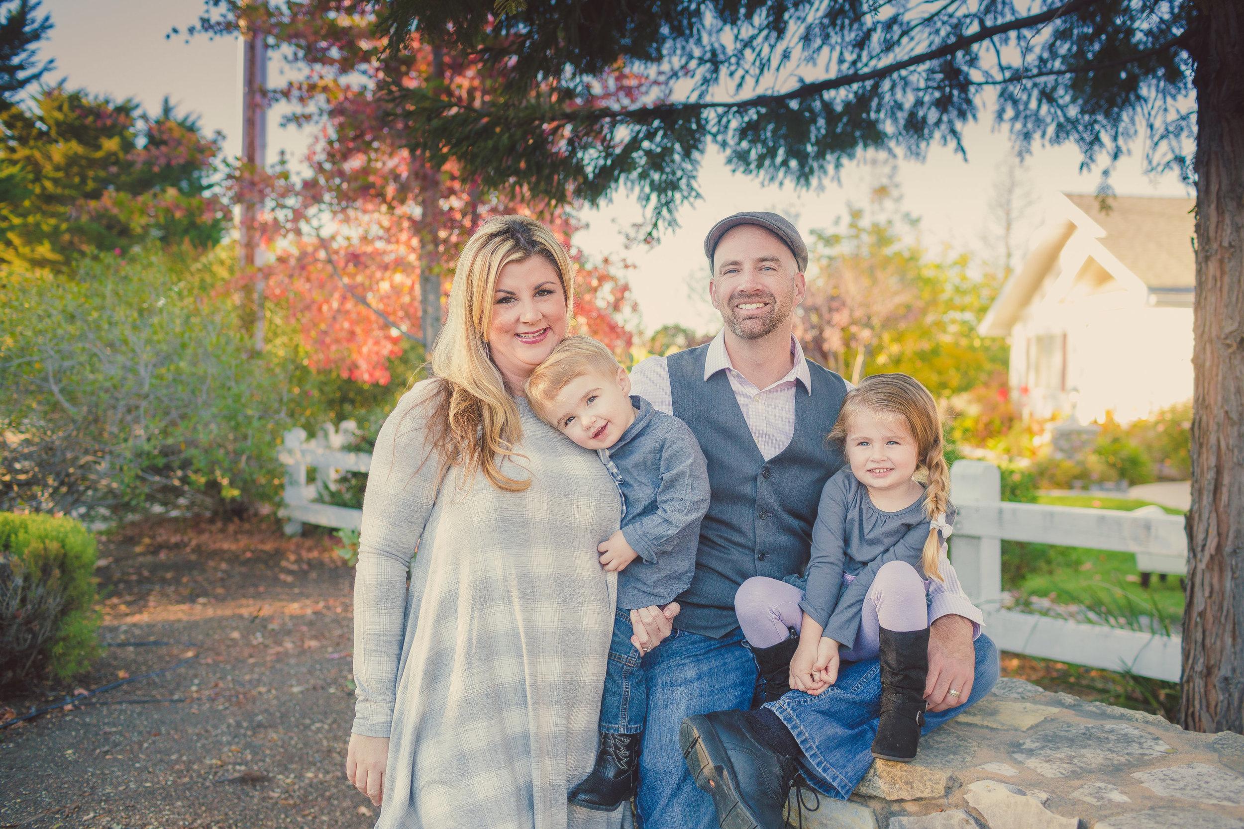 Family Portrait Session, San Luis Obispo, CA / Private Home