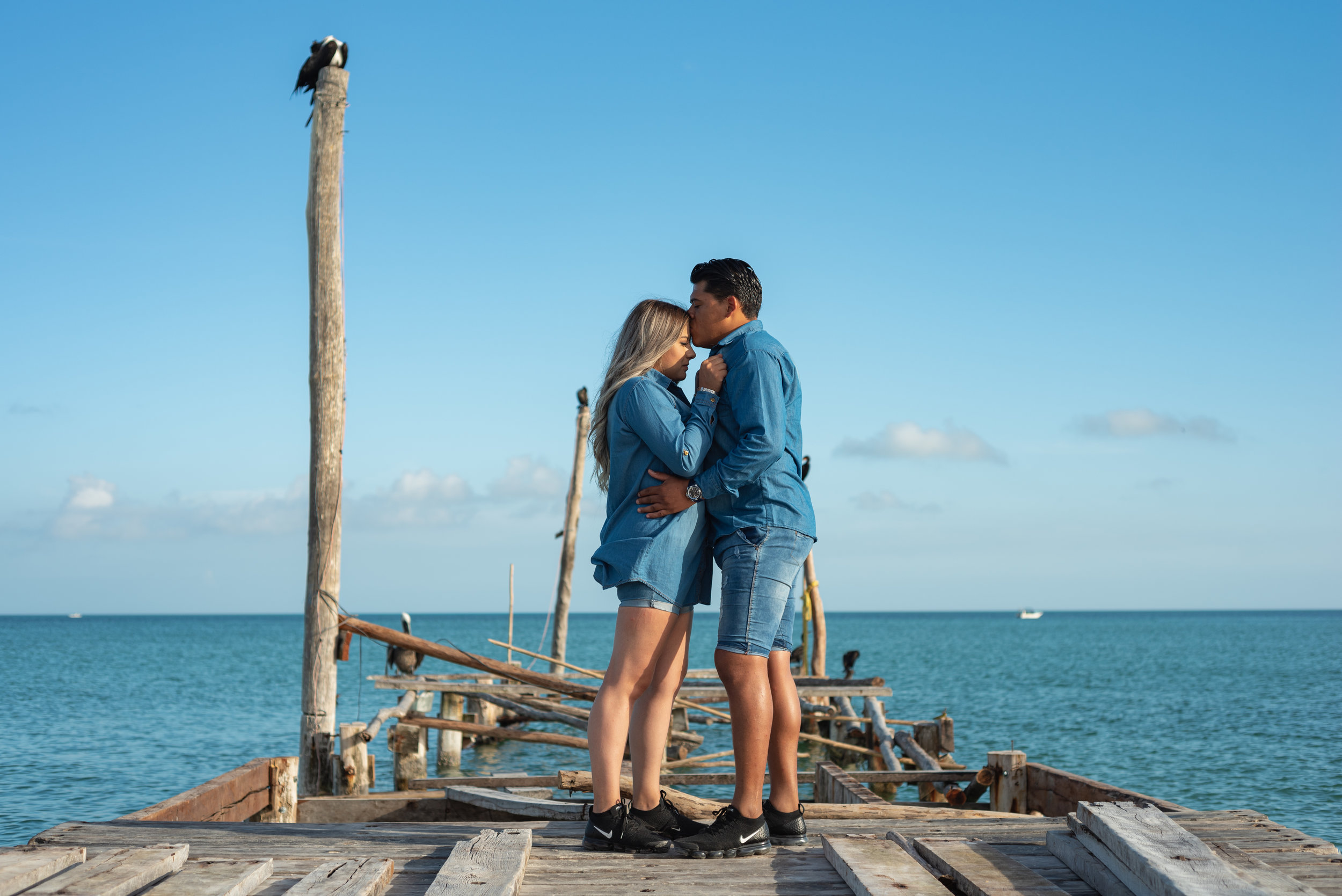 Morning Couple's Holbox session by @emmanuelphotoartist