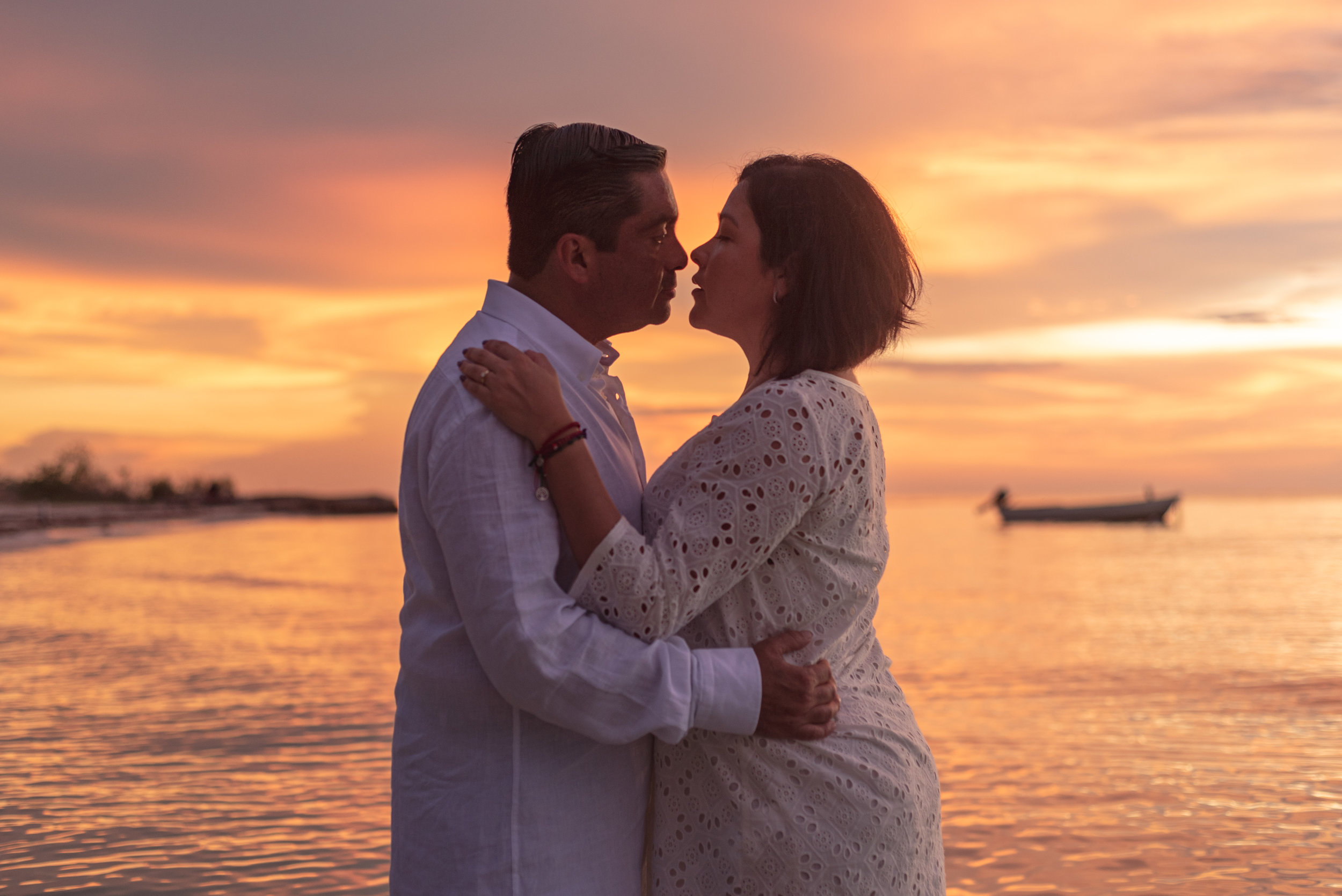 Holbox couples photoshoots f&f series 8 by @emmanuelphotoartist