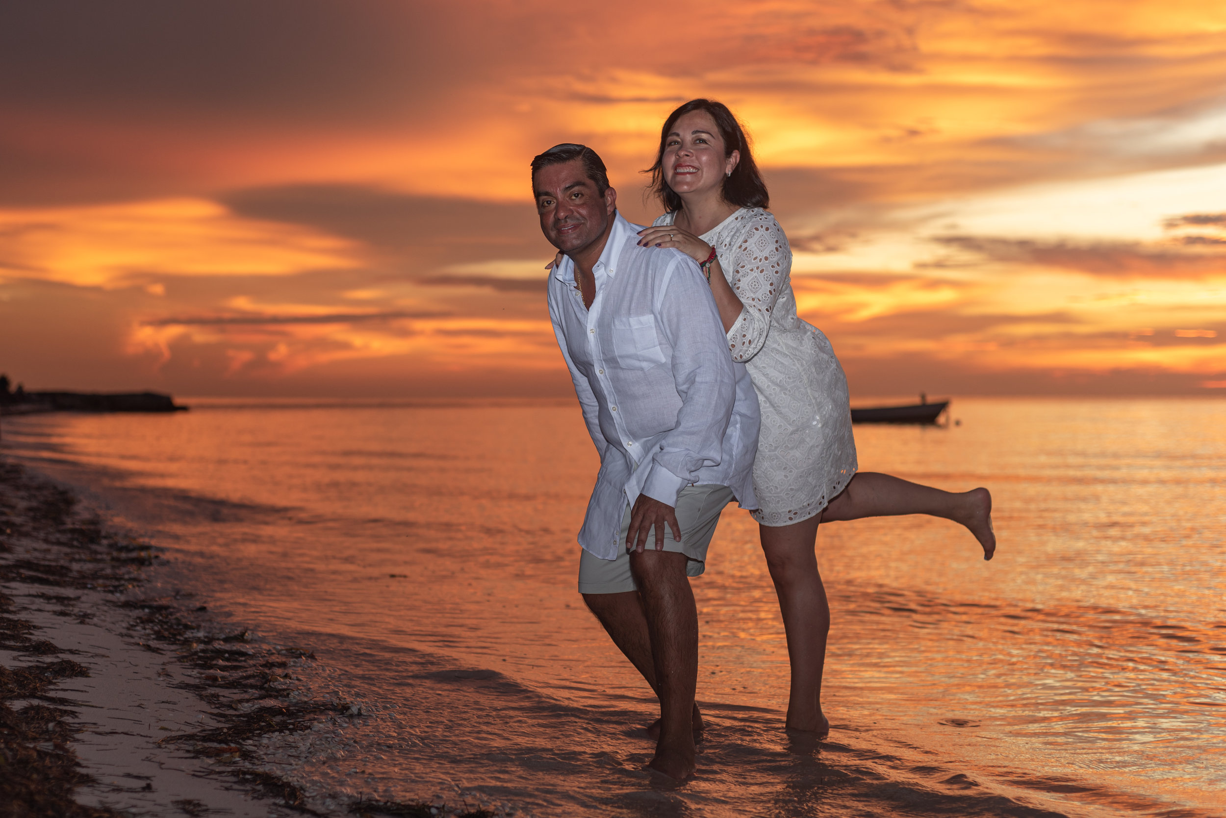 Holbox couples photoshoots f&f series 9 by @emmanuelphotoartist