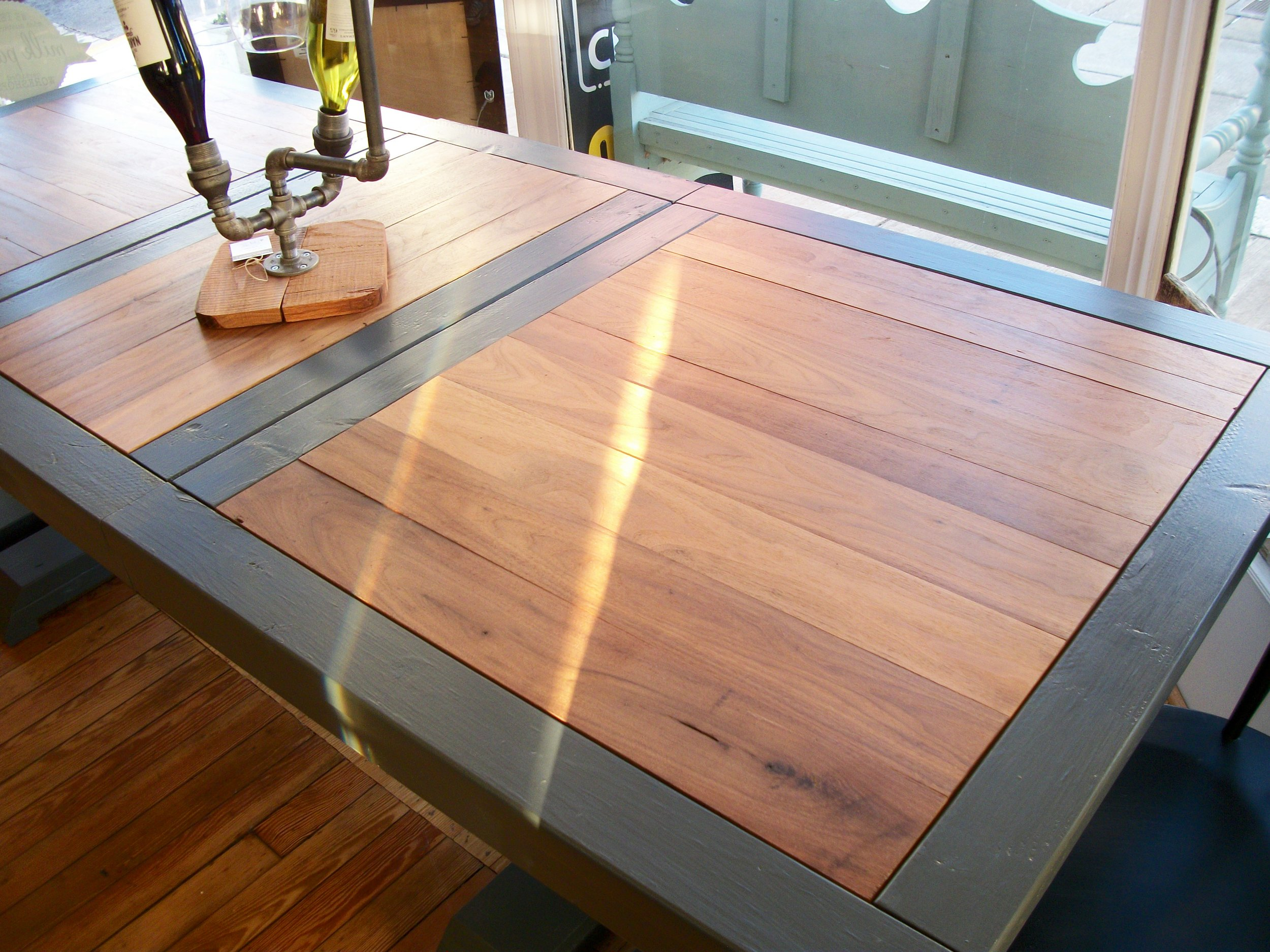 Expandable Table 3.JPG