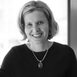 Elizabeth Walentin , CEO at Crimson Clarke.