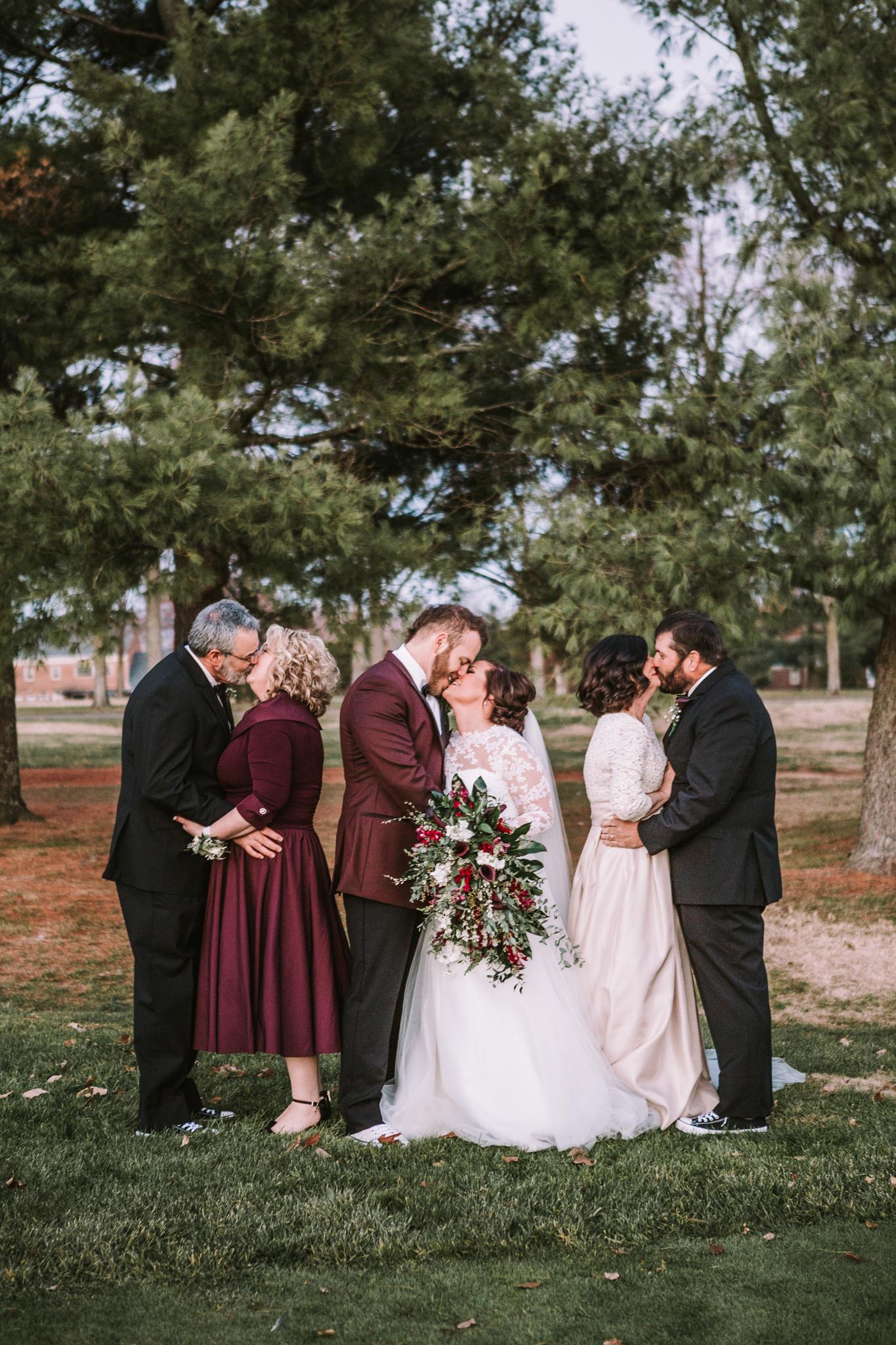 Richmond Kentucky Wedding Photographer - Ariana Jordan Photography -28.jpg