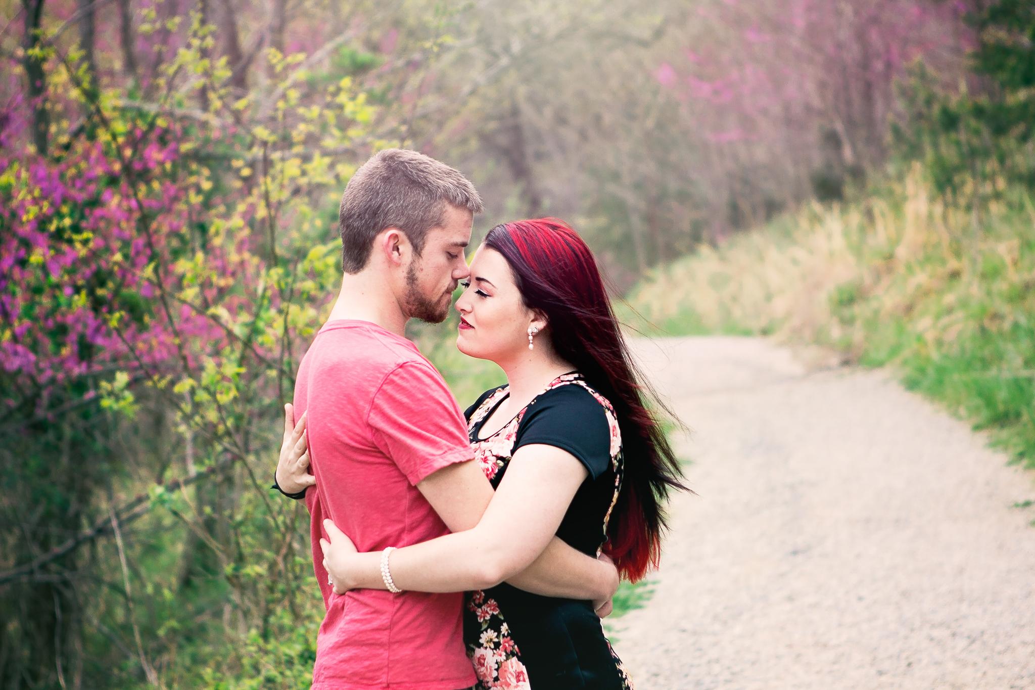 Richmond Kentucky Engagement Photographer - Ariana Jordan Photography -1.jpg