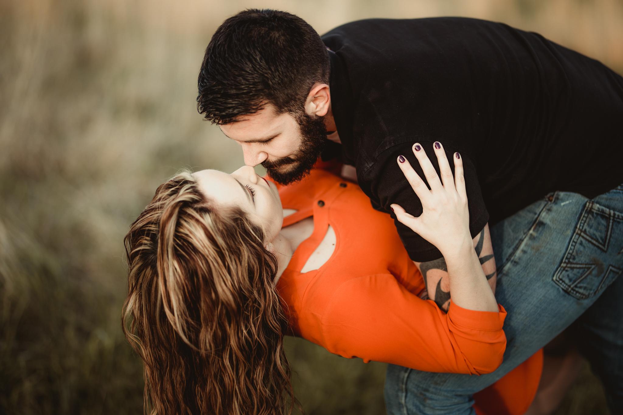 Richmond Kentucky Engagement Photographer - Ariana Jordan Photography -45.jpg