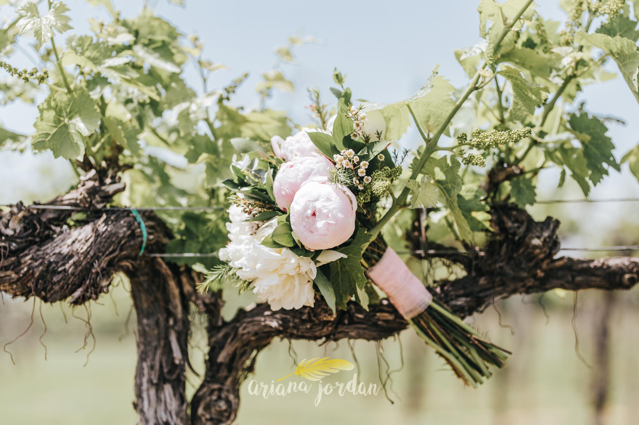 Kentucky Wedding Photographer - Talon Winery -0008.jpg