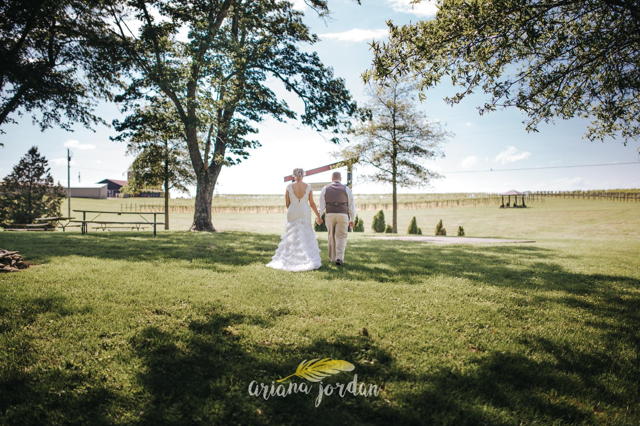 Kentucky Wedding Photographer - Talon Winery -0060.jpg