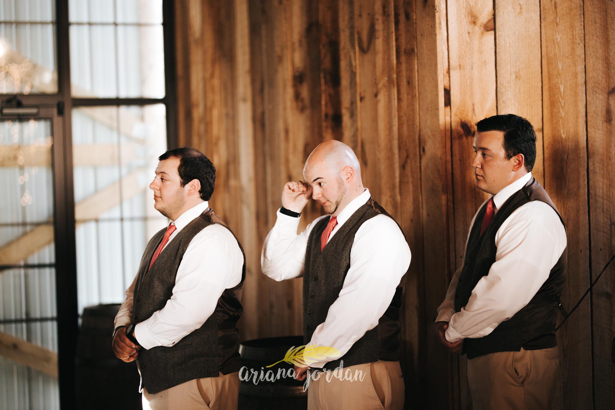 Kentucky Wedding Photographer - Talon Winery -0085.jpg