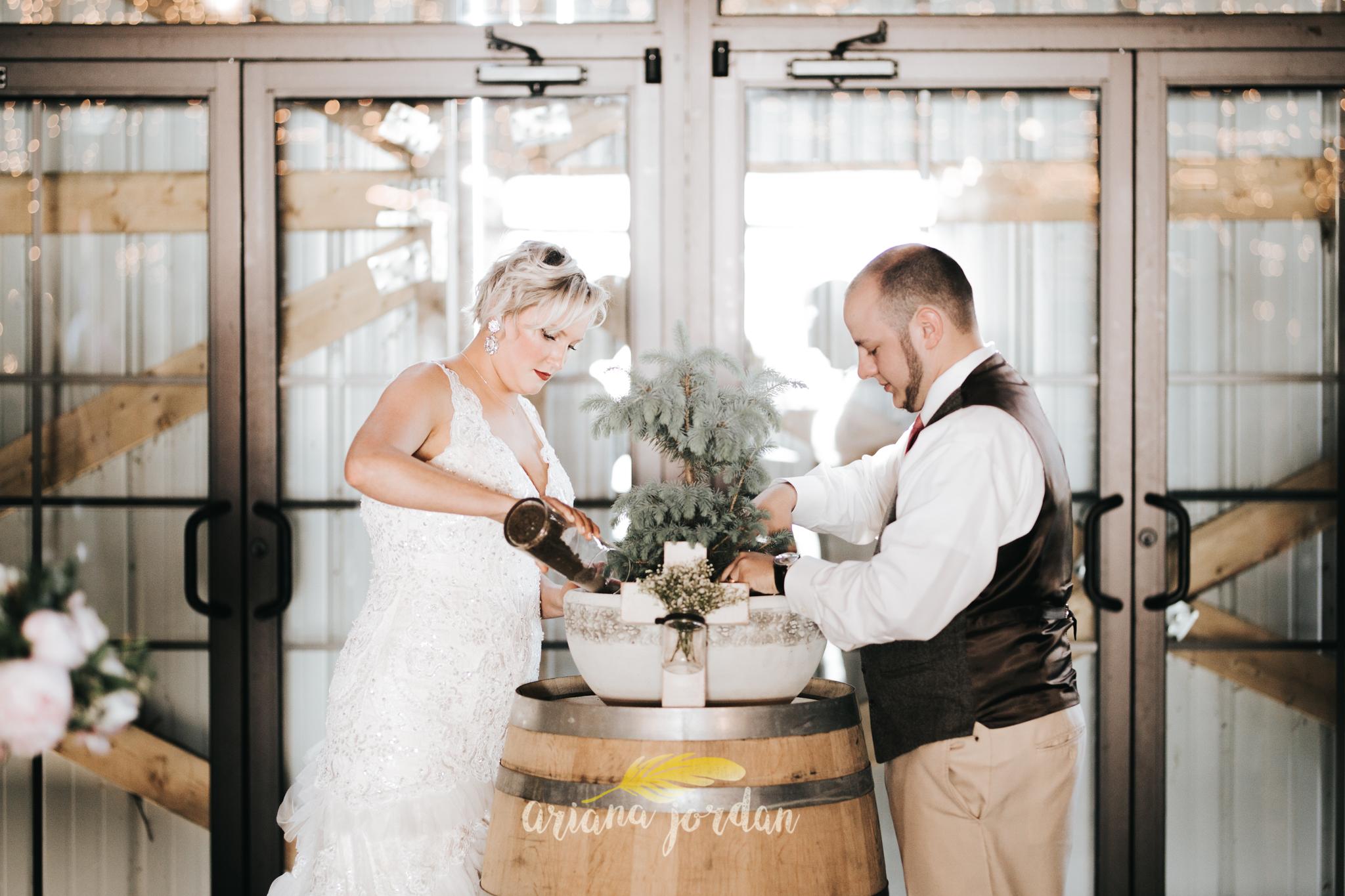 Kentucky Wedding Photographer - Talon Winery -0092.jpg