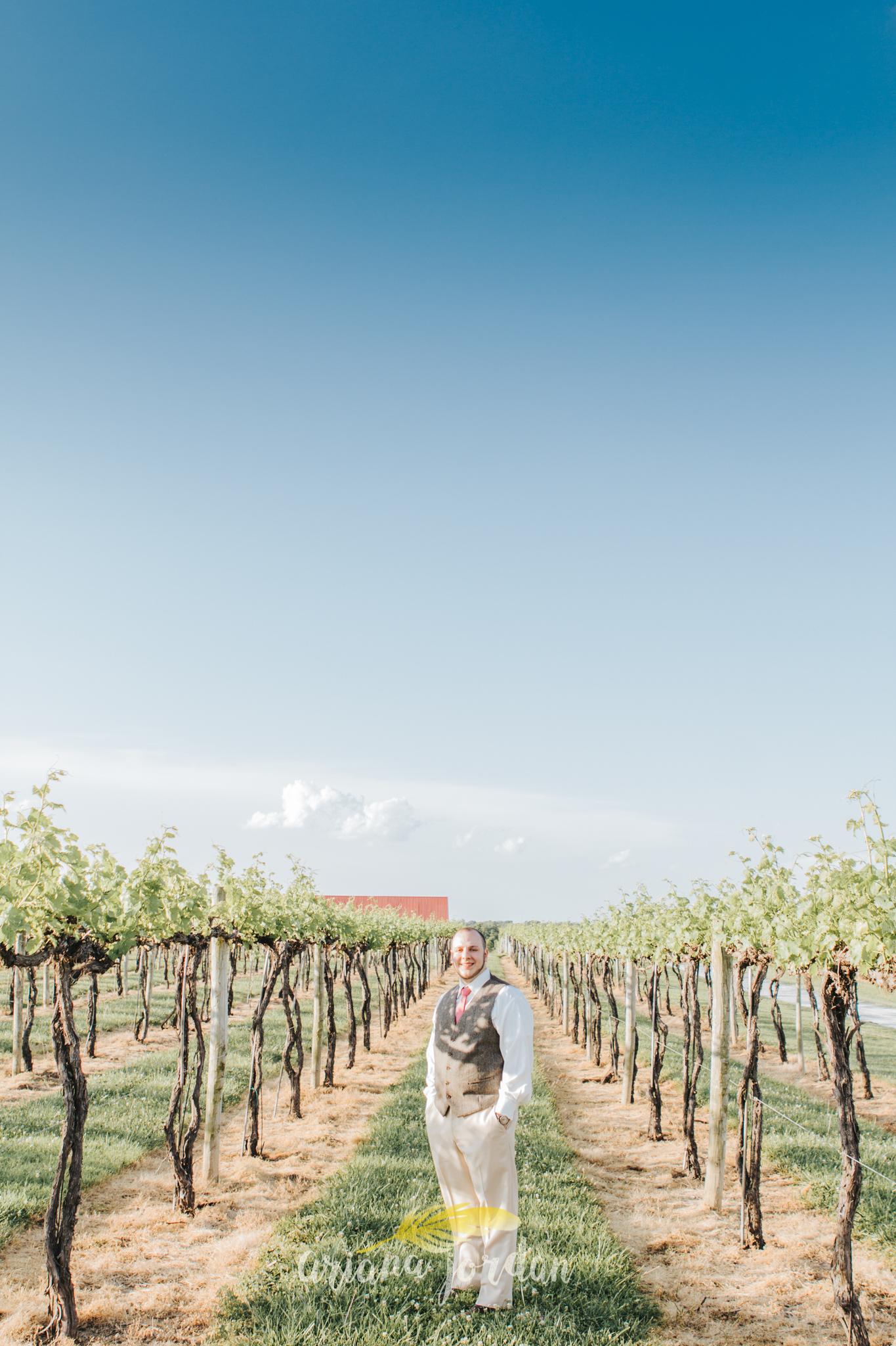 Kentucky Wedding Photographer - Talon Winery -0140.jpg