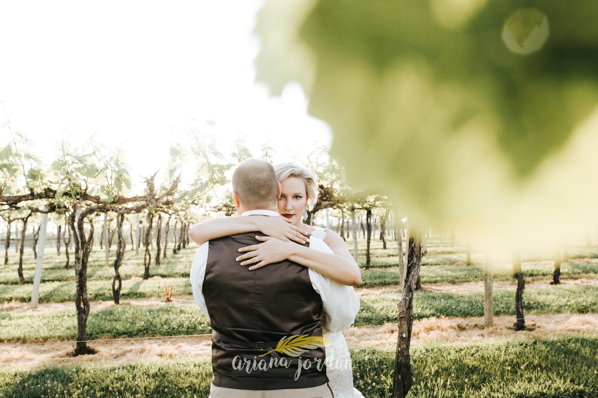 Kentucky Wedding Photographer - Talon Winery -0147.jpg