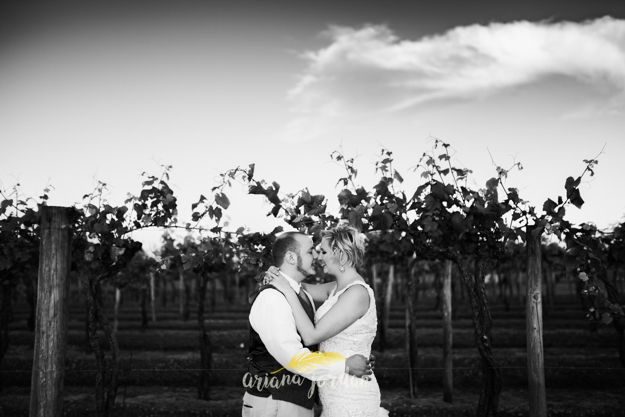 Kentucky Wedding Photographer - Talon Winery -0154.jpg
