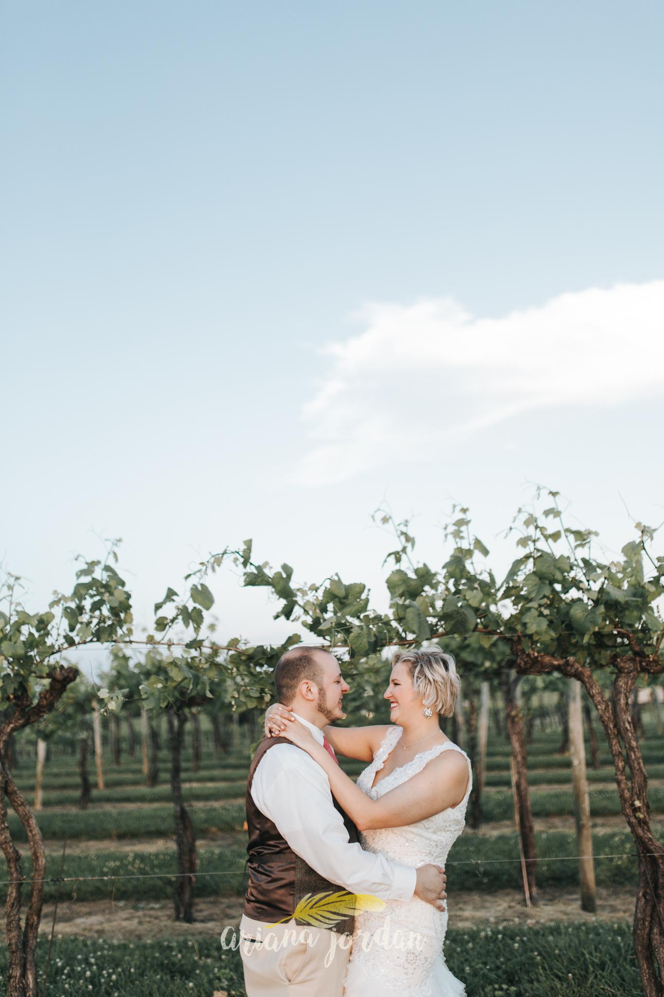 Kentucky Wedding Photographer - Talon Winery -0155.jpg