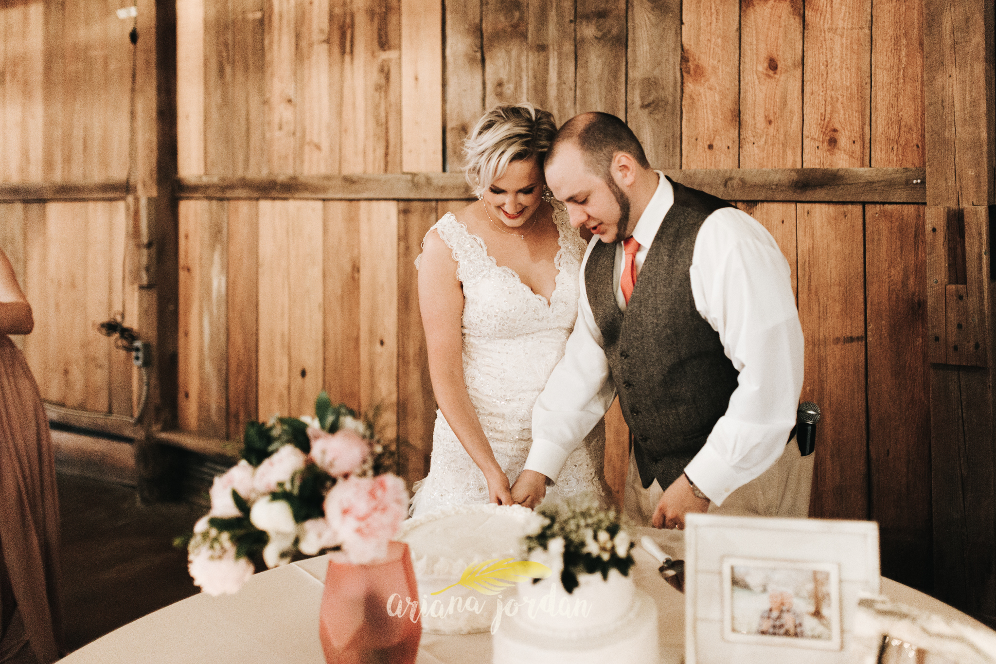 Kentucky Wedding Photographer - Talon Winery -0169.jpg