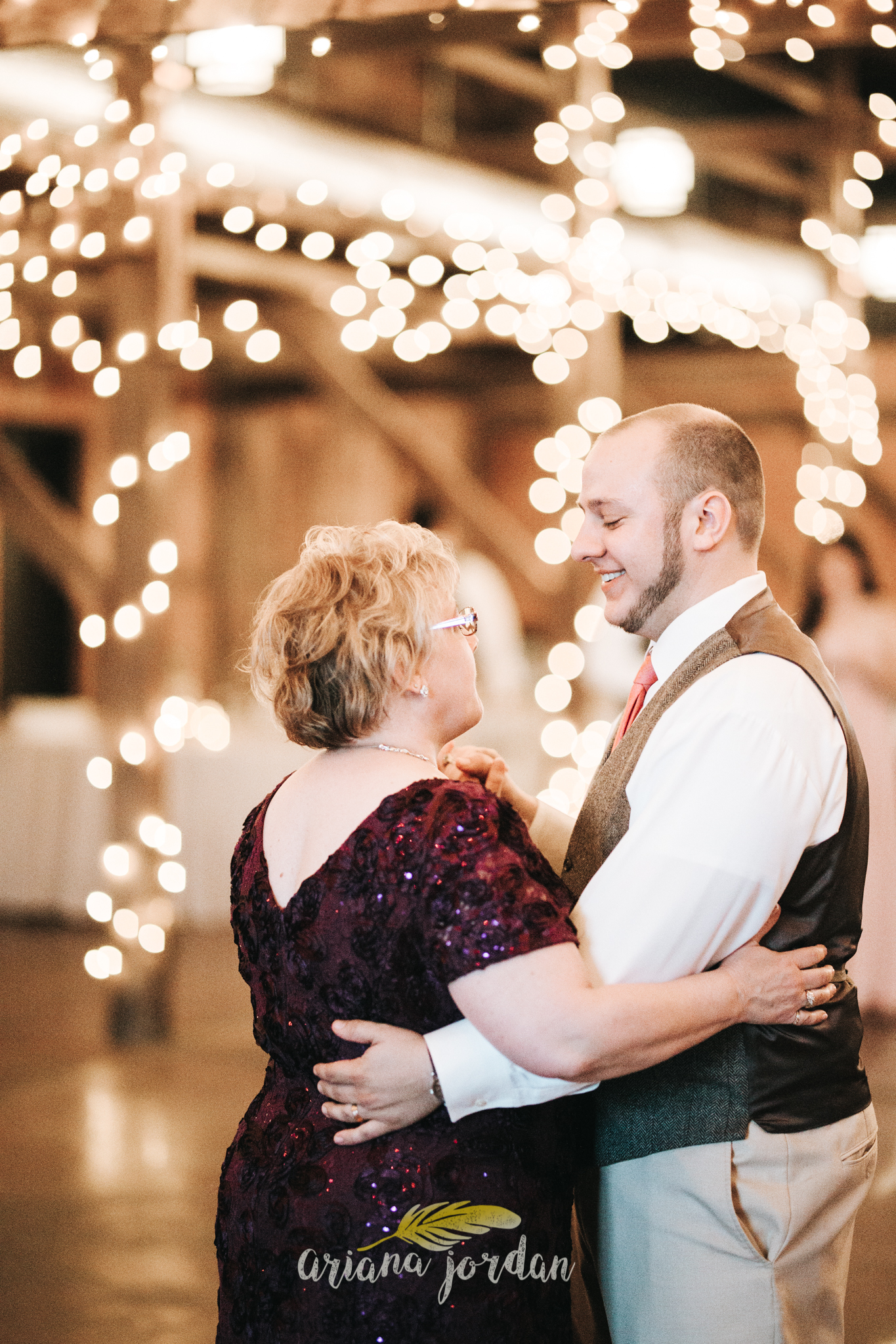 Kentucky Wedding Photographer - Talon Winery -0171.jpg