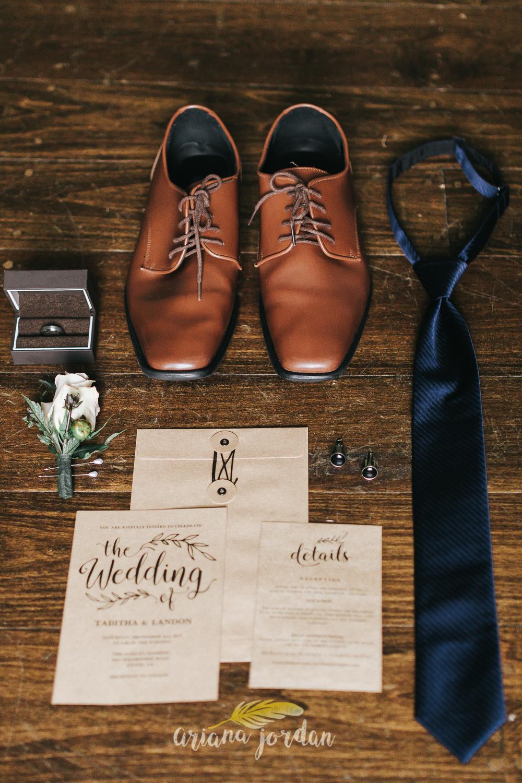 004 - Ariana Jordan - Kentucky Wedding Photographer - Landon & Tabitha 5863.jpg