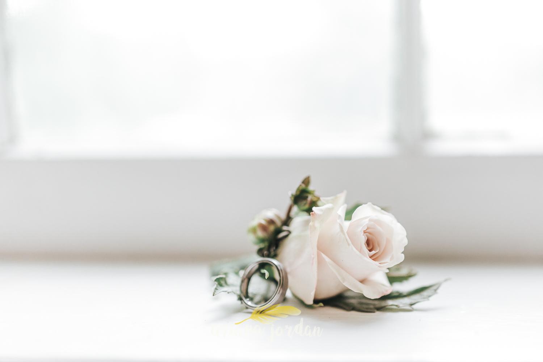 008 - Ariana Jordan - Kentucky Wedding Photographer - Landon & Tabitha 5899.jpg