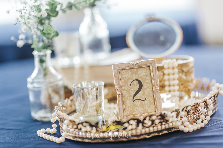 017 - Ariana Jordan - Kentucky Wedding Photographer - Landon & Tabitha 5605.jpg
