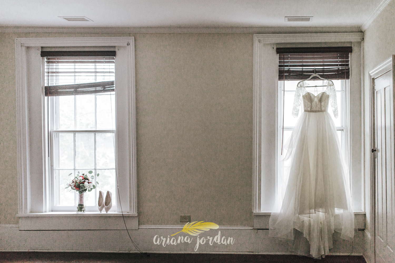 020 - Ariana Jordan - Kentucky Wedding Photographer - Landon & Tabitha 5958.jpg