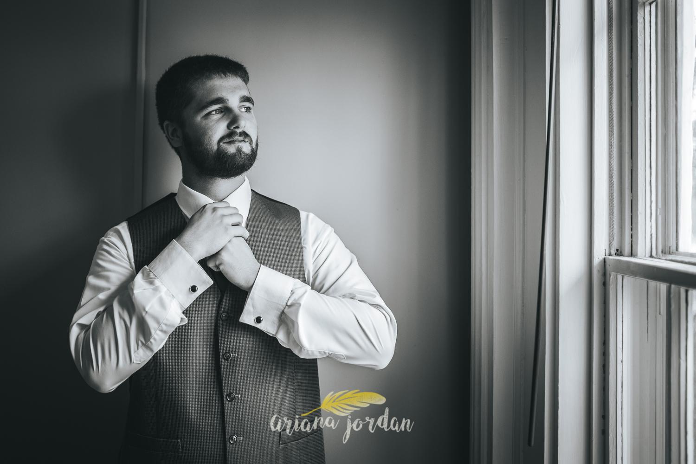 022 - Ariana Jordan - Kentucky Wedding Photographer - Landon & Tabitha 5970.jpg