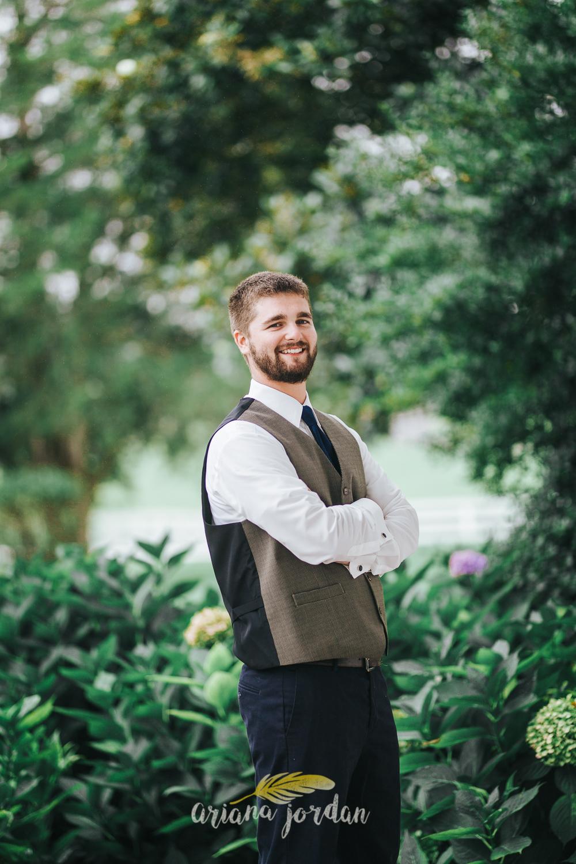 026 - Ariana Jordan - Kentucky Wedding Photographer - Landon & Tabitha 5615.jpg