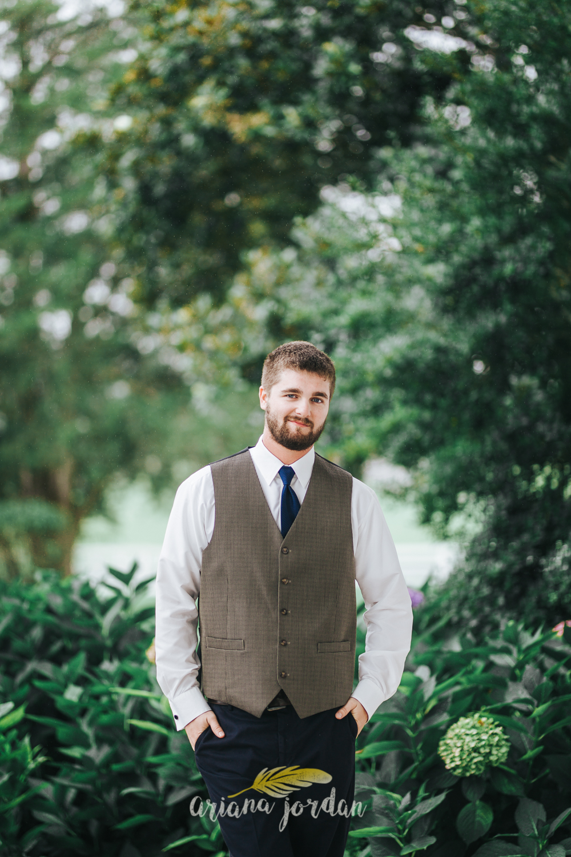 027 - Ariana Jordan - Kentucky Wedding Photographer - Landon & Tabitha 5624.jpg