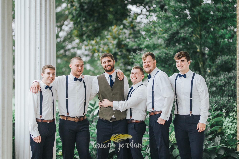 031 - Ariana Jordan - Kentucky Wedding Photographer - Landon & Tabitha 5644.jpg