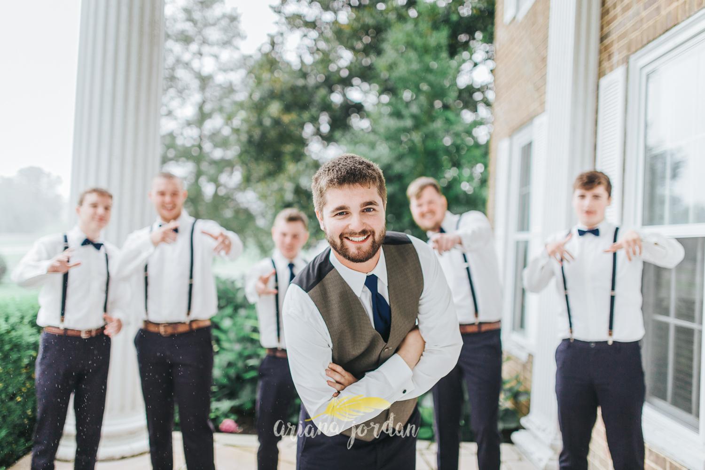 033 - Ariana Jordan - Kentucky Wedding Photographer - Landon & Tabitha 6046.jpg
