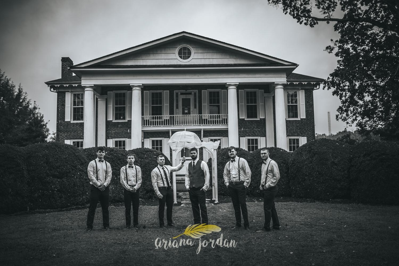 035 - Ariana Jordan - Kentucky Wedding Photographer - Landon & Tabitha 6156.jpg