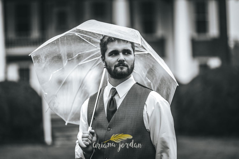 041 - Ariana Jordan - Kentucky Wedding Photographer - Landon & Tabitha 5683.jpg