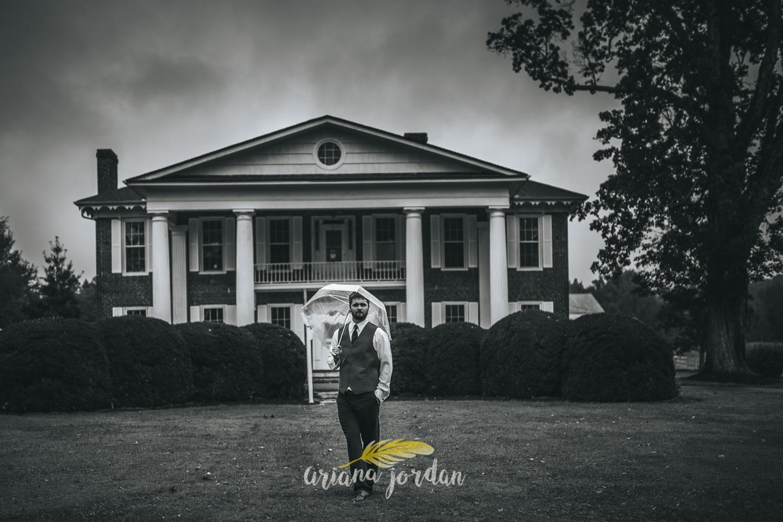 043 - Ariana Jordan - Kentucky Wedding Photographer - Landon & Tabitha 6177.jpg