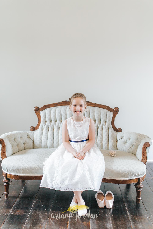 062 - Ariana Jordan - Kentucky Wedding Photographer - Landon & Tabitha 6237.jpg
