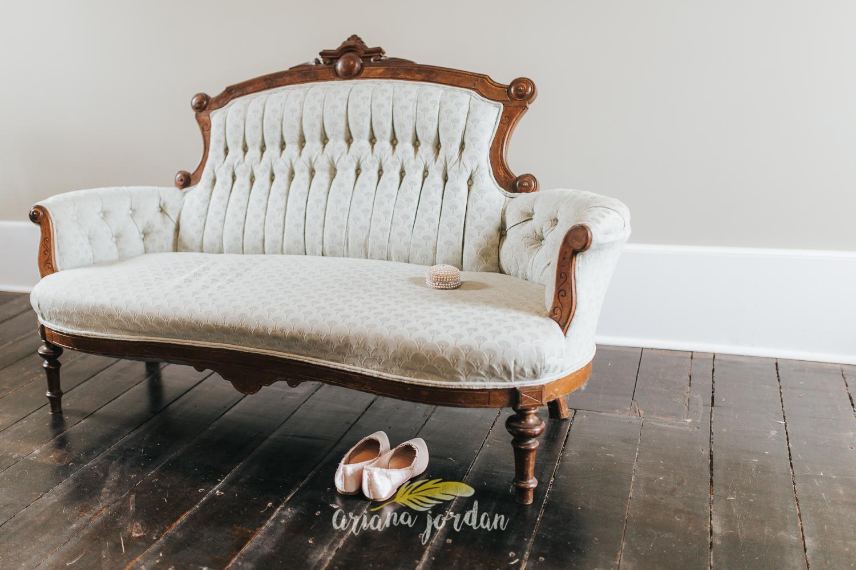 061 - Ariana Jordan - Kentucky Wedding Photographer - Landon & Tabitha 6236.jpg