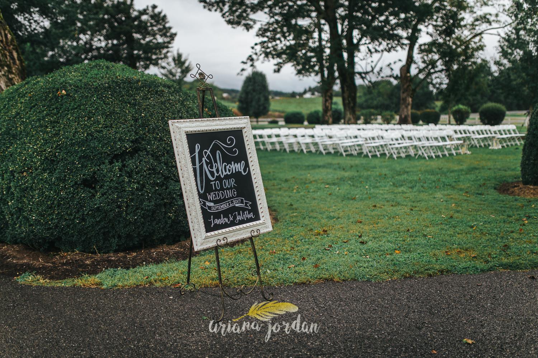 128 - Ariana Jordan - Kentucky Wedding Photographer - Landon & Tabitha 6717.jpg