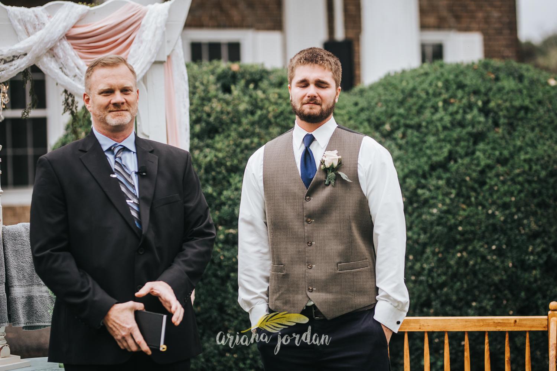 139 - Ariana Jordan - Kentucky Wedding Photographer - Landon & Tabitha_.jpg