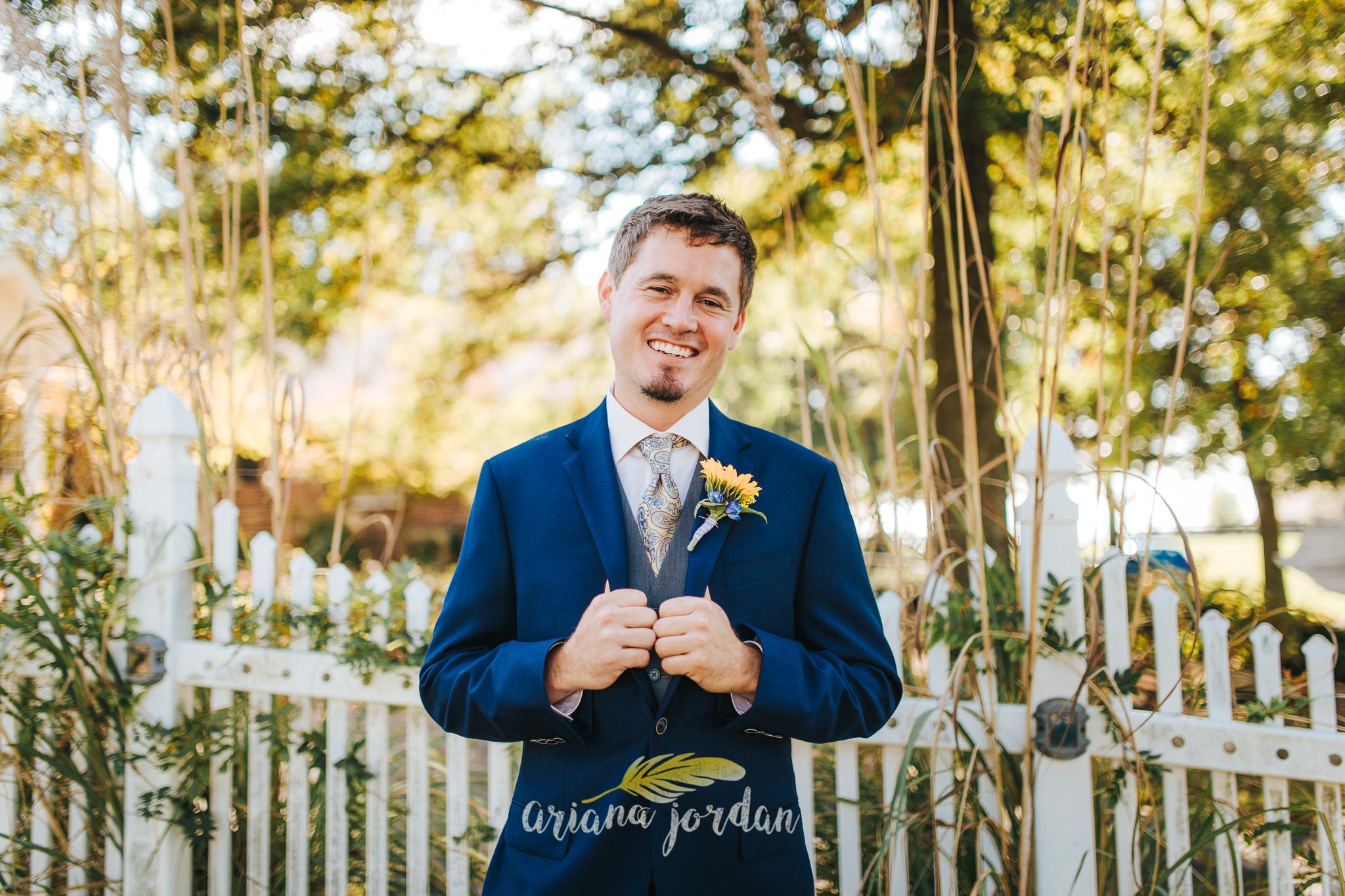 029 Ariana Jordan Photography -Moonlight Fields Lexington Ky Wedding Photographer 1128.jpg