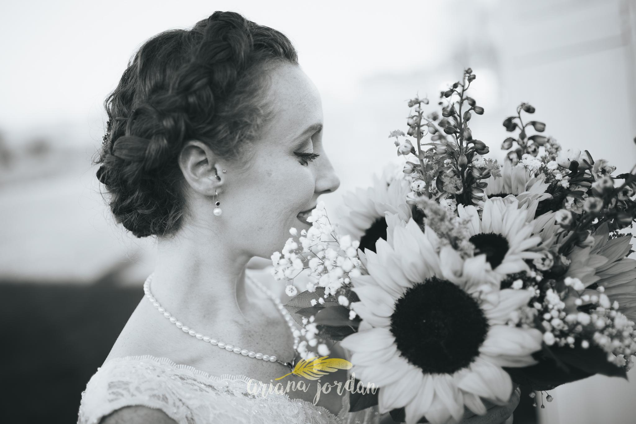 103 Ariana Jordan Photography -Moonlight Fields Lexington Ky Wedding Photographer 1902.jpg