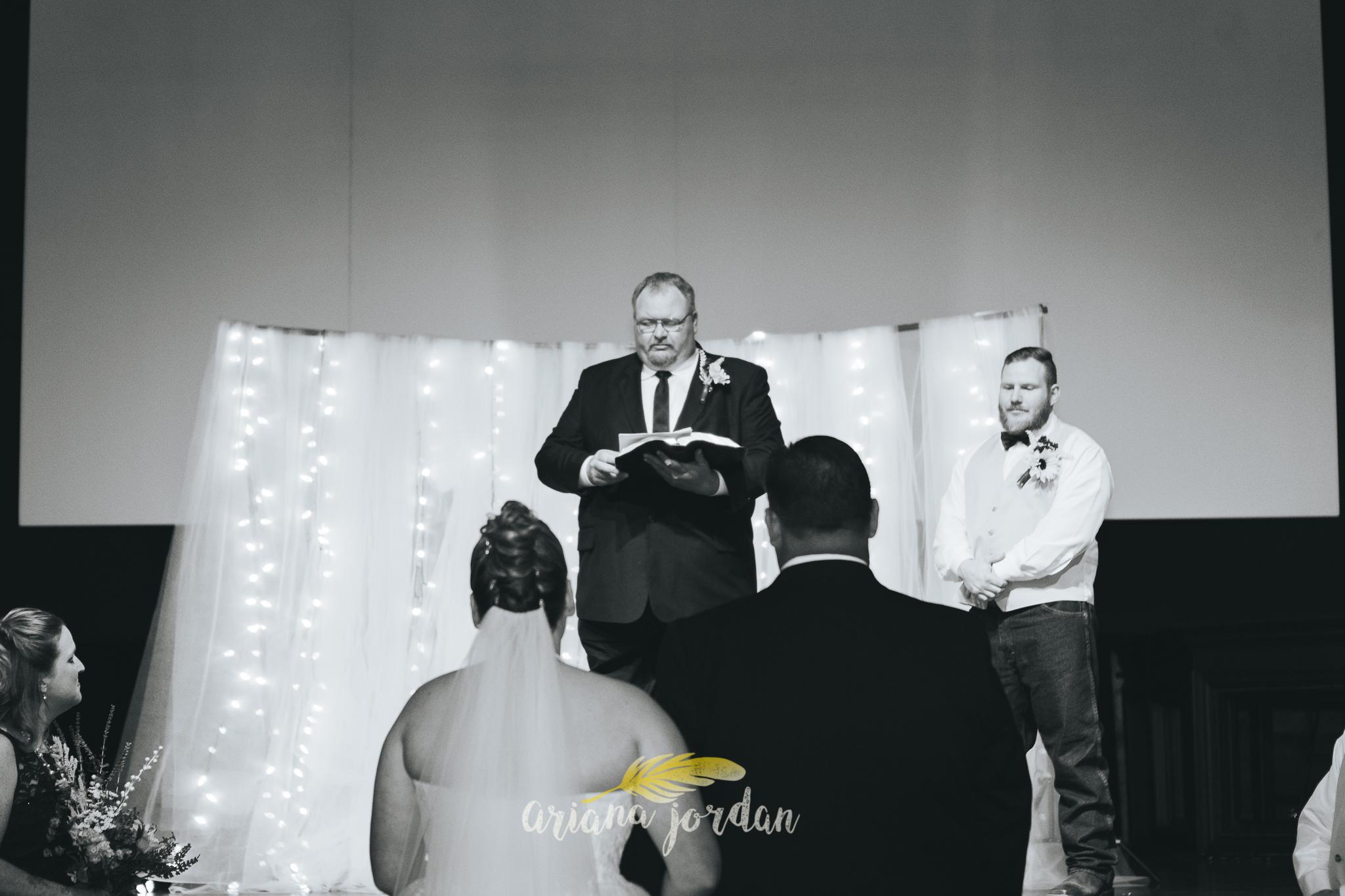0028 Ariana Jordan Photography - Georgetown KY Wedding Photographer 7652.jpg