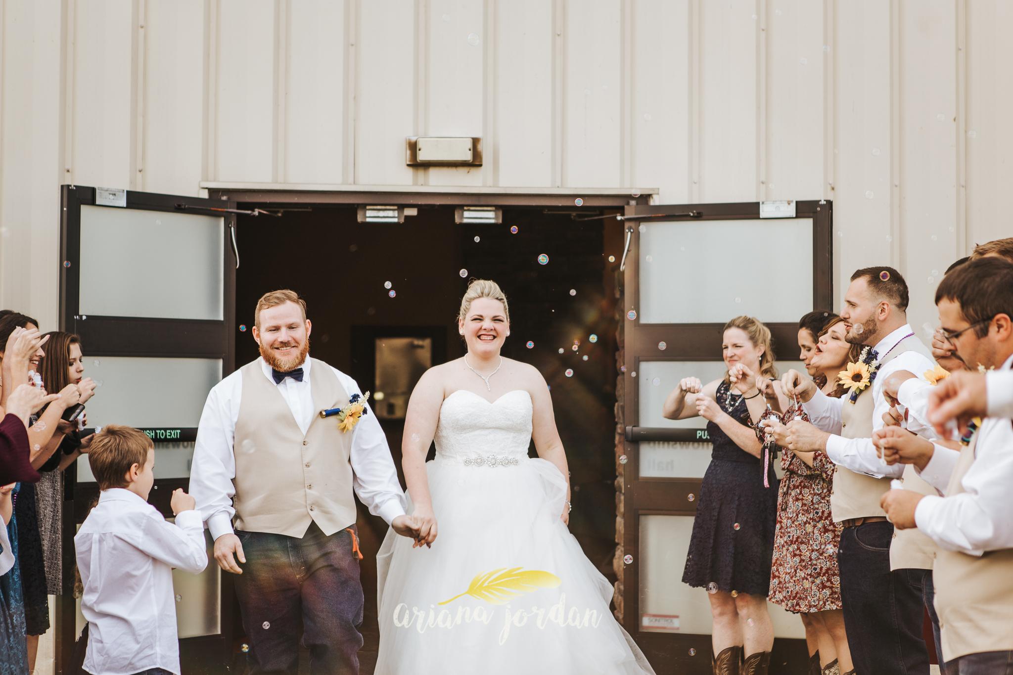0048 Ariana Jordan Photography - Georgetown KY Wedding Photographer_.jpg