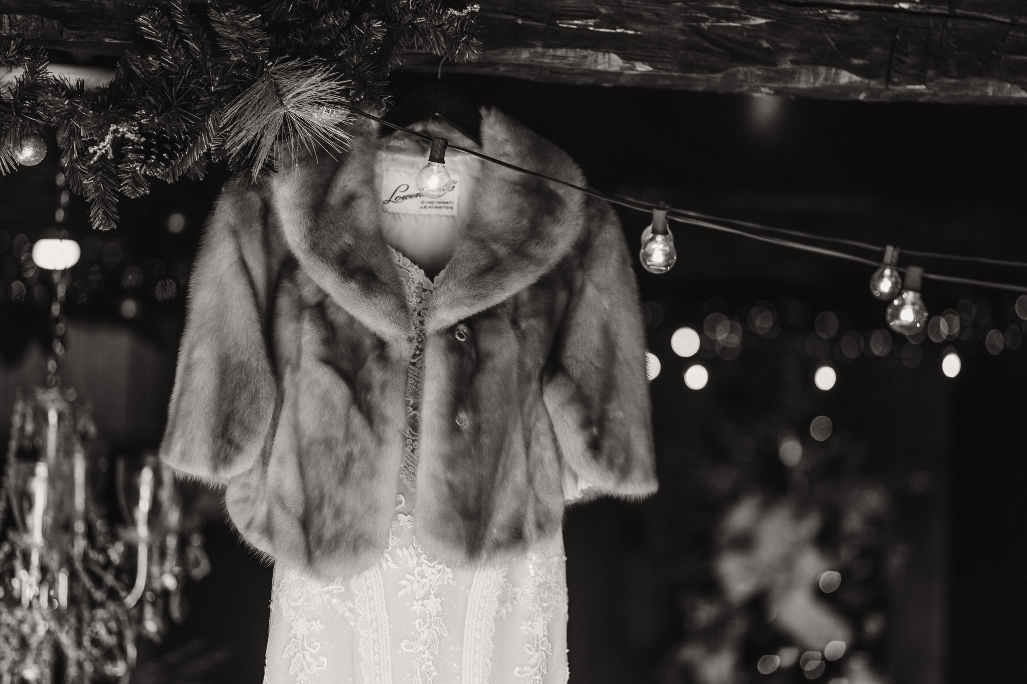 0006 Ariana Jordan Photo - Cameron & Lauren's Wedding at Talon Winery  3566.jpg