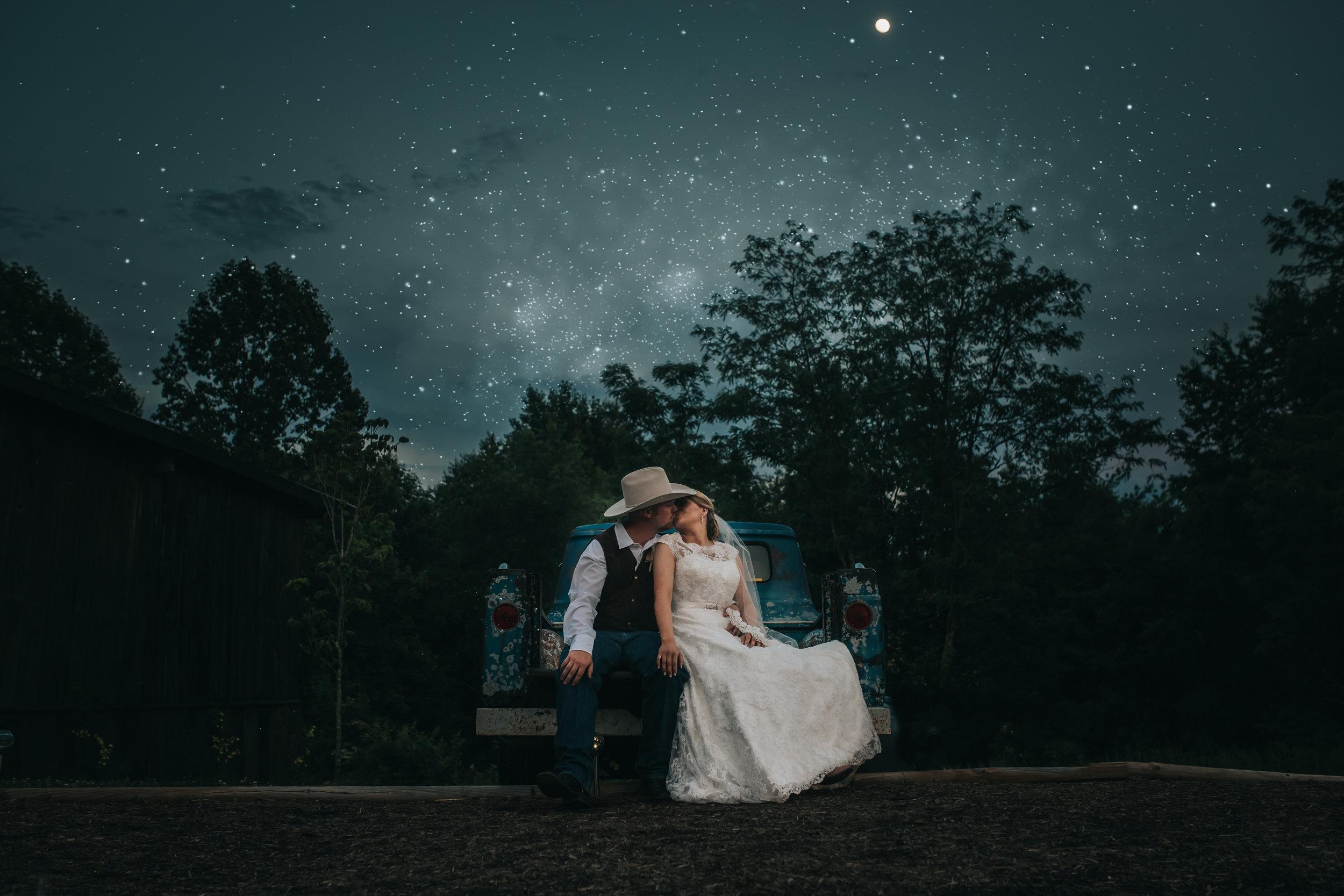 1085 Ariana Jordan Photo - Dahkota & Emily's Wedding 8532.jpg