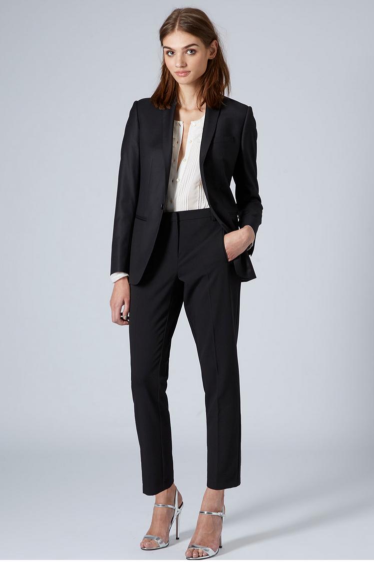 26- suit4.png