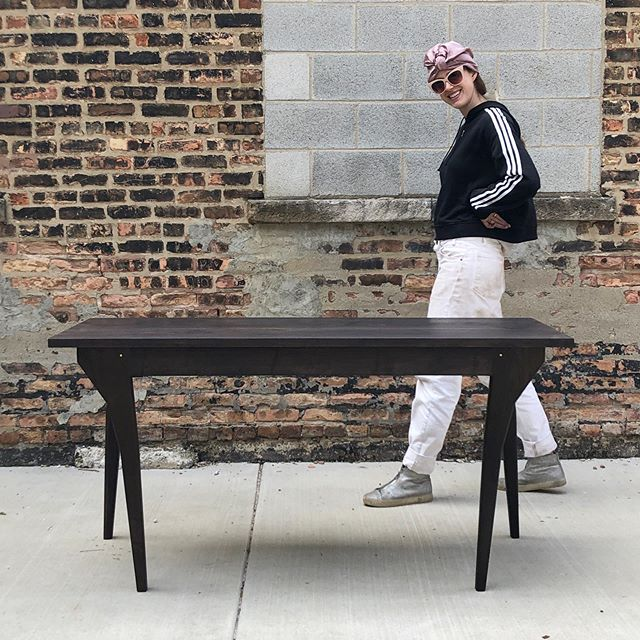 thursday jams w/@lydialaylo . . .  single drawer walnut walking table headed to the Rockies next week ⛷⛷⛷ . . . #laylostudio #thursdayjams #walkingtable #walnut #brass #handmade #furniture #customfurniture #chicago