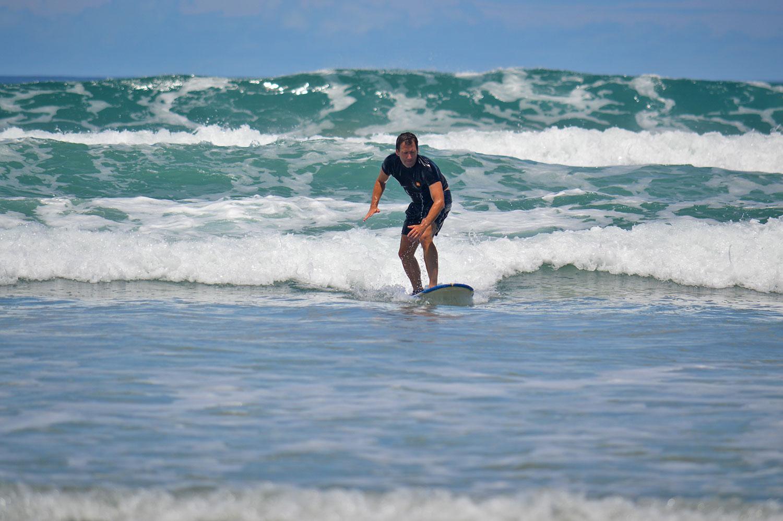 beginners-fun-surf-lessons-mal-pais.jpg
