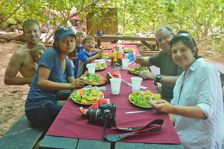 grilled-lunch-tortuga-island-mal-pais.jpg