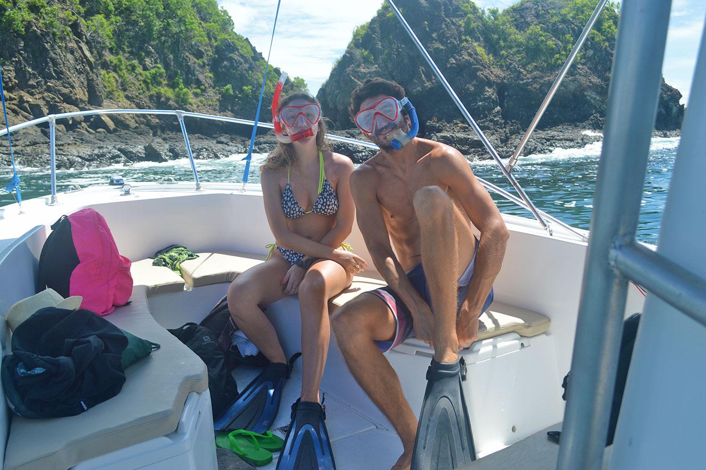 couple-snorkeling-romantic-tour.jpg