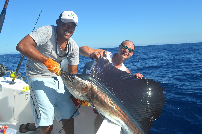 santa-teresa-costa-rica-deep-sea-fishing-tours.jpg